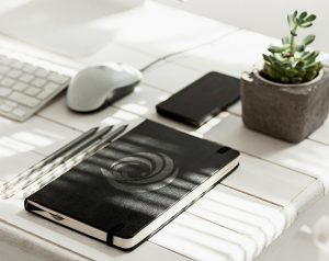 Negarart_Desk